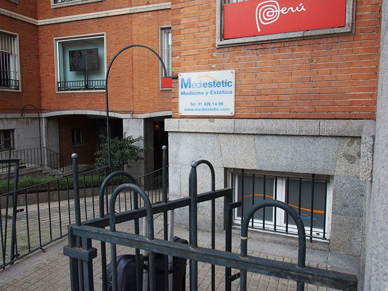 Dr.Candau_Cirujano-Maxilofacial-Madrid-Clínica Mediestetic Exteriores