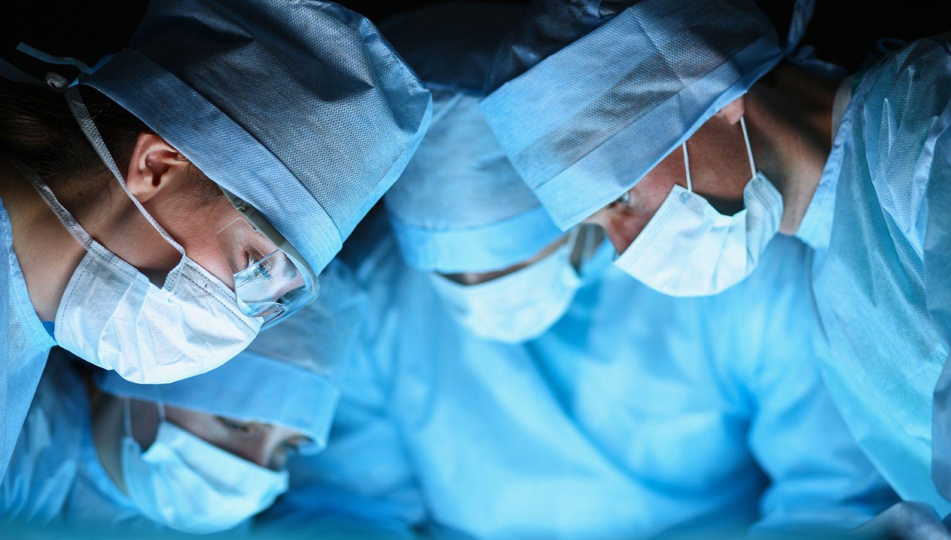 Equipo-Dr-Alberto-Candau-Maxilofacial-Medicina-Estética